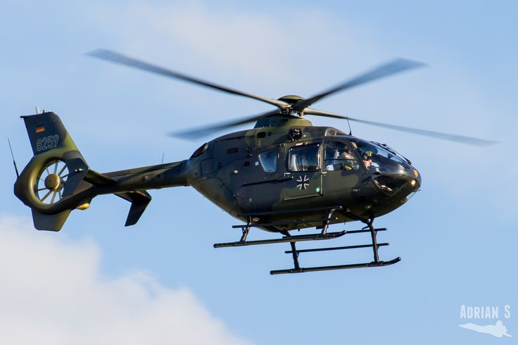 https://flic.kr/p/V8YxU3 | 82+59 EC-135T1 | EDDT/TXL | 31.05.2017 | Eurocopter EC-135T1 82+59 GAM HFWS EDDT/TXL Berlin-Tegel Airport 31.05.2017
