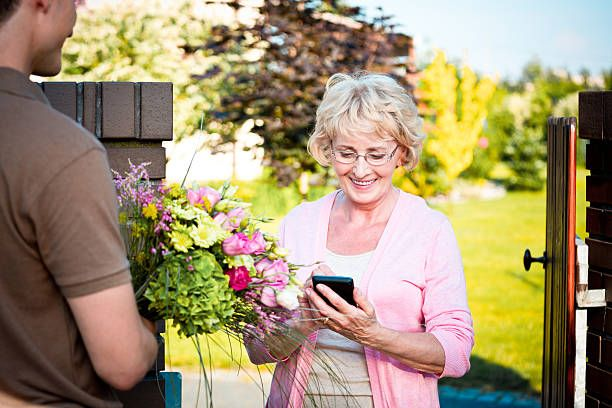 Do Not Let #Distances Affect Your #Relationships, Express Your #Love And #Care With #Beautiful #Flowers #Bouquet #Delivered in #United #Kingdom..! #flowers #delivery #UK , #send #flowers #UK