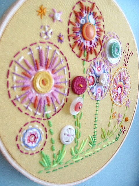 Embroidered flowers- really lousy, fuzzy picture but gives an idea