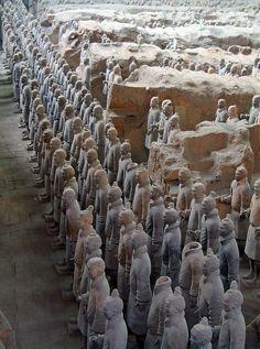 L'armée de terre-cuite de Qin Shi Huangdi, le premier Empereur de
