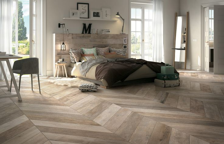 Minoli Tiles - Twelve Noon - Here you have the new Twelve Noon collection that are ready to be placed with chevron pattern. The edges are cutted 45 degres. Very clever solution! Floor tiles: Twelve-Noon Daylight 20 x 120 cm - https://www.minoli.co.uk/tiles/twelvenoon-daylight/ - #Minoli #minolitiles #tile #tiles #wood #look #woodlook #effect #woodeffect #ideas #herringbone #chevron #pattern