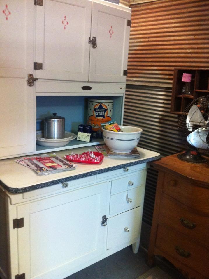 Hoosier cabinet salvage sisters 39 antique market back - Vintage kitchen cabinets salvage ...