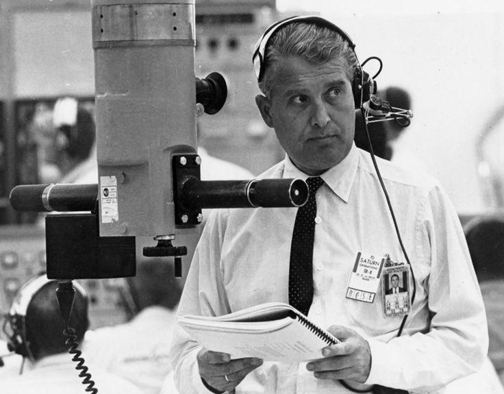 V2ROCKET.COM - Wernher von Braun