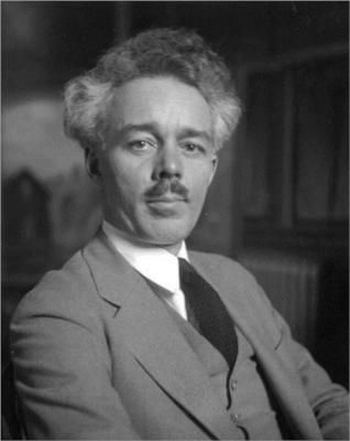 Lawren Harris of the Group of Seven. Photo by M.O. Hammond, 1926