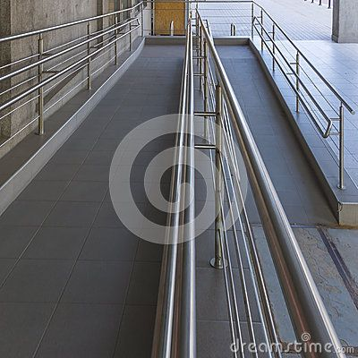 Using wheelchair ramp(Barrier-free access)