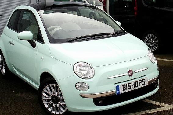 Used FIAT 500 1.2 (Start/Stop) in Smooth Mint for sale in Guildford, Surrey | Fiat UK