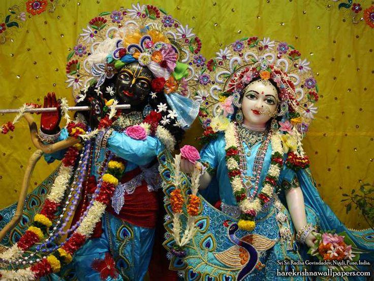 http://harekrishnawallpapers.com/sri-sri-radha-govind-close-up-iskcon-nigdi-wallpaper-010/