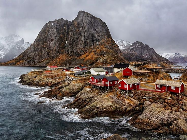 Hamnøy – the Oldest and Most Picturesque Fishing Village in Lofoten, Norway