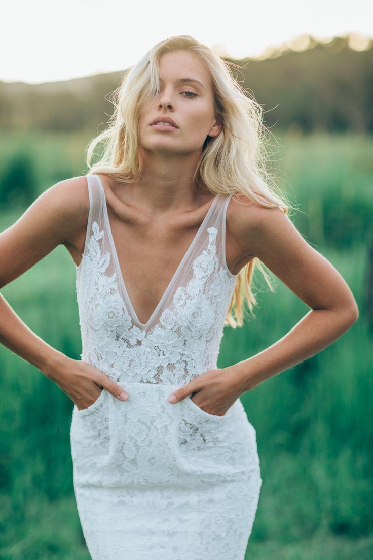 2017 Lace Sheath Beach Wedding Dress V-Neck Backless White Ivory ...