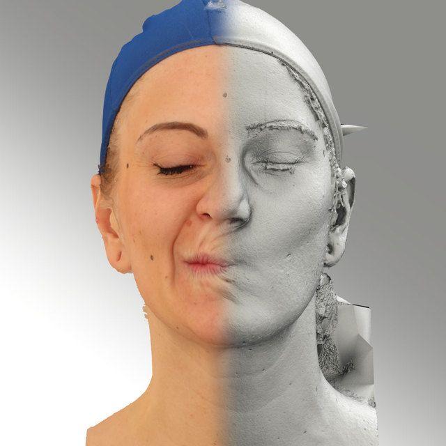 3D Head Scan Of Sneer Emotion Right   Jana