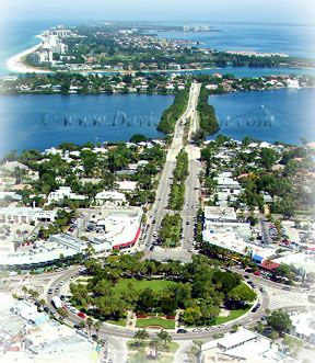St Armand's Circle, Sarasota - lovely dining, shopping, art shows, music venues and best of all, valet parking to give you time!!!