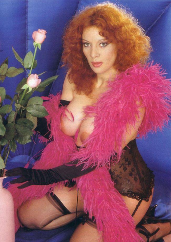 Paola Senatore Nude Photos 35