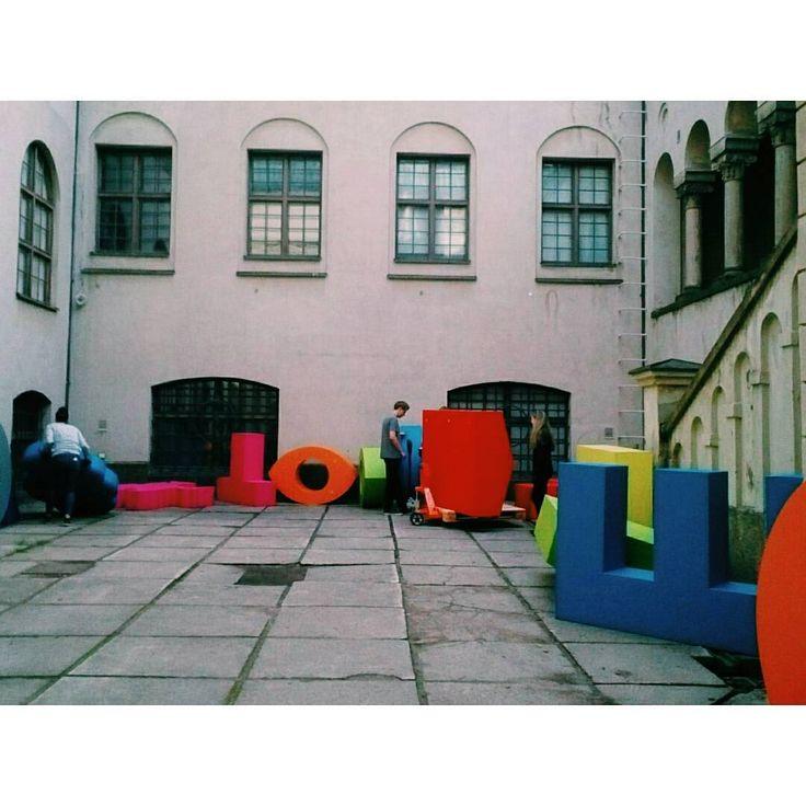 """Festarirakennus on alkanut! #hdw2015 #helsinkidesignweek #verticalvillage #mvrdv"""
