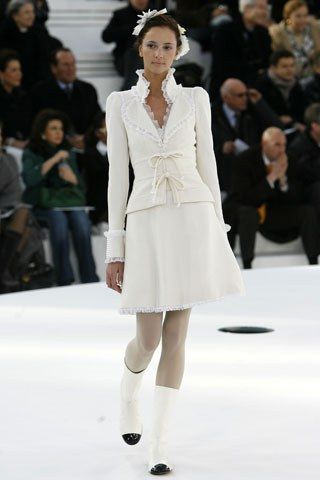 Chanel Spring 2006 Couture Fashion Show - Martina (NEXT)
