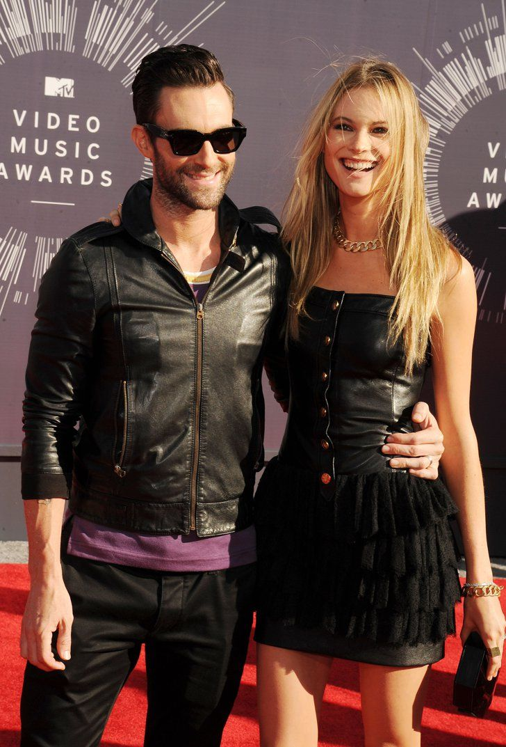 Pin for Later: A Sweet, Somewhat Hilarious History of Celebrity Couples at the MTV VMAs Adam Levine and Behati Prinsloo, 2014