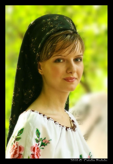 Timişoreanca, romanian traditional costume