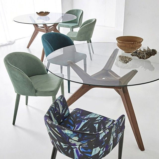 Table Ronde Verre Noyer O130 Cm Maricielo Table A Manger Ronde Fauteuil De Table Table Salle A Manger