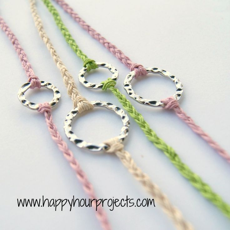 Happy Hour Projects: The Ten Minute Bracelet: Happy Hour, Projects, Bracelets Tutorials, Ten Minute, Minute Bracelets, Braids Bracelets, Diy Bracelets, 10 Minute, Friendship Bracelets