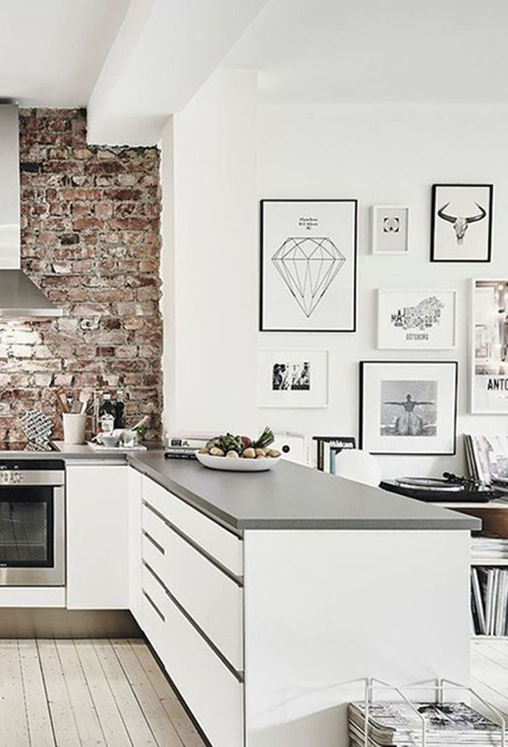 Diamonds are an interior's best friend, and a great way to add some chic to your gallery wall. Try mixing geometric diamonds with other geometric prints, and black and white photography.