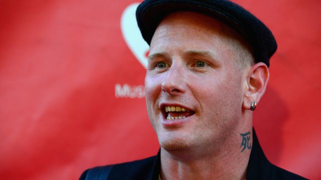 Corey Taylor.... he makes my day better :)