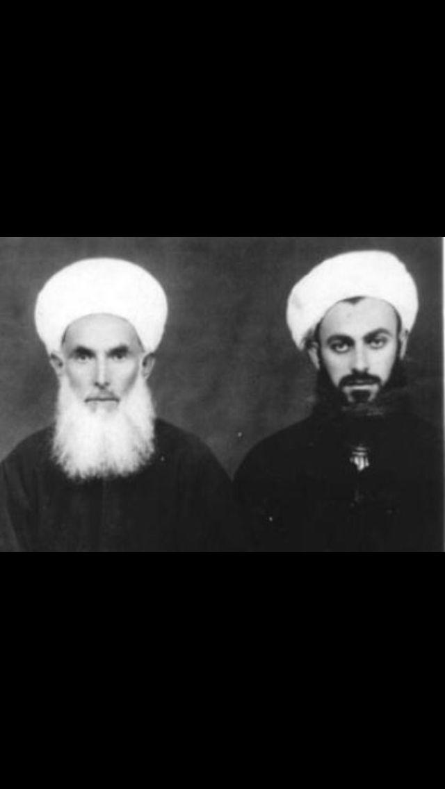 Grandshaykh Abdullah Faiz Daghestani with Mawlana Shaykh Nazim. (=