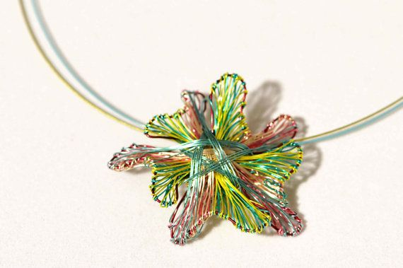 Flower pendant, wire flower necklace, lime green necklace, flower jewelry, flower statement necklace, Christmas, unique necklaces for women  This is a handmade flower pendant wire necklace, flower art jewelry. This lime green necklace is made of colored copper and silver wire. The overall size of the flower statement, a unique necklace for women, is 3cm (1,18in). The flower statement necklace gift hanging from steel wire and the clip is handmade silver. Very easy and safe to snap.