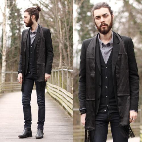 gothified: Dresses Boys, Tony Stones, Men Style, Man Buns, Men Fashion, Fashion Blog, Man Fashion, Dinners Parties, Tops Knot
