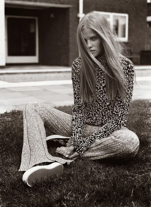 Lara Stone by Alasdair McLellan for V Magazine #91. Styled by Marie Chaix.