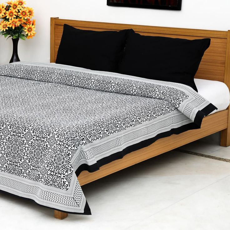 Black Jaisalmer Block Printed Bedsheet with 2 Pillow Covers #homeevolution…