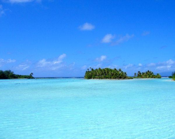 Definitely going to Bora Bora one day.