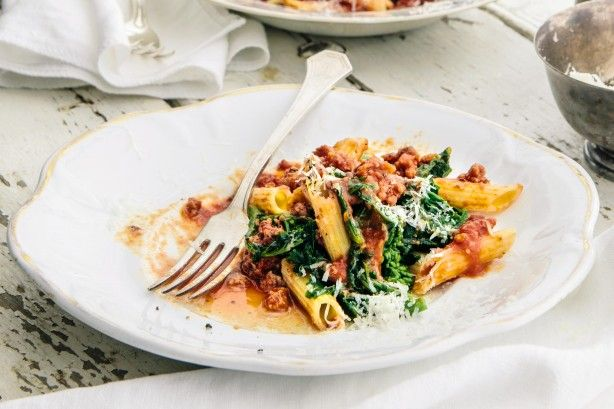 Have dinner on the table in no time with this rustic 20-minute Italian pasta dish.