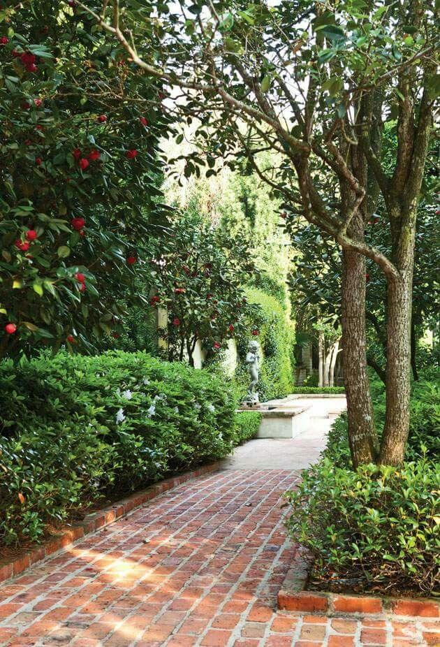 new orleans gardens victoria magazine