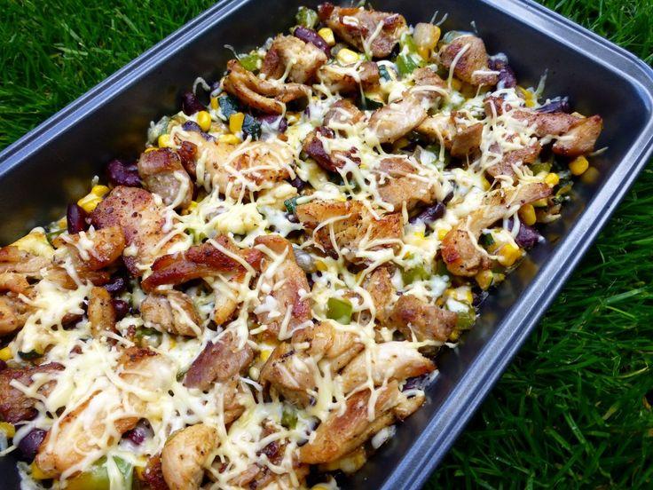 Cajun kippendijen met Mexicaanse groenten en guacamole, een heerlijk gerecht met kip en groenten en frisse guacamole!