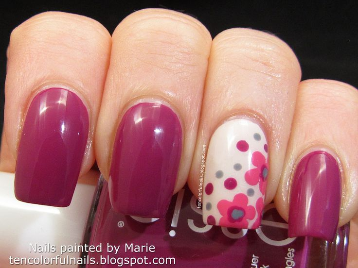 Flowerista with Flowers Nail Art