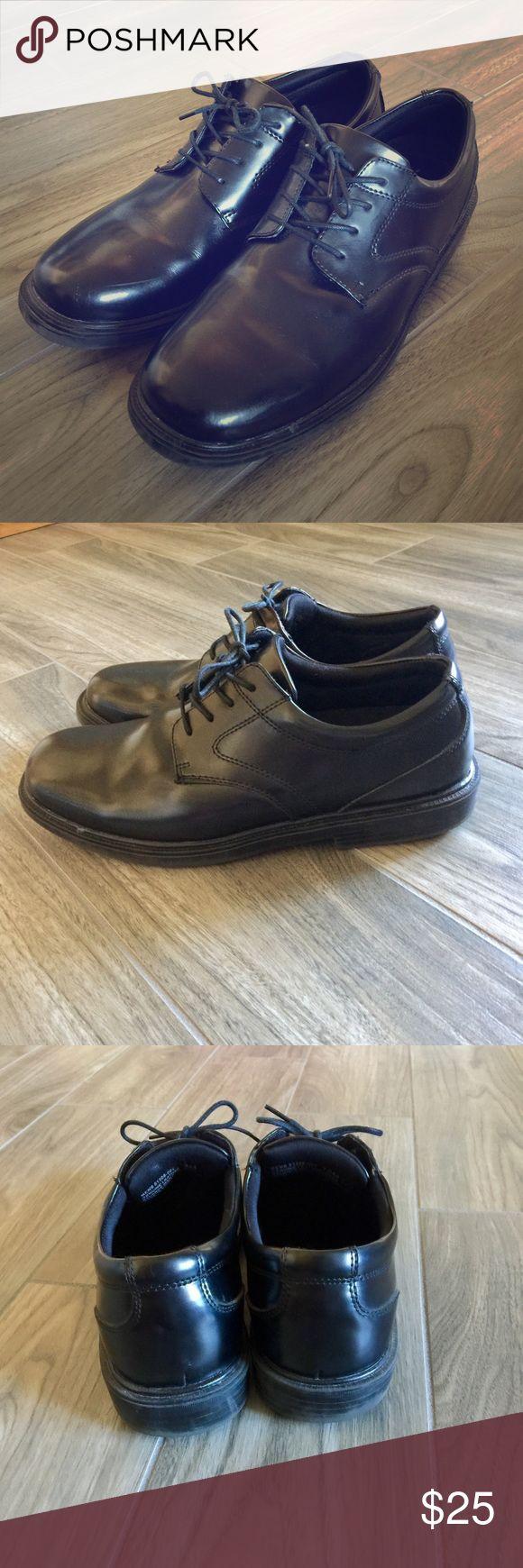 Nunn Bush Dynamic Comfort Mens Dress Shoes Nunn Bush Dynamic Comfort Mens Dress Shoes in Black Leather. Slip Resistant. Small Scuff On Toe Of Shoe As Pictured. Size 12. Nunn Bush Shoes