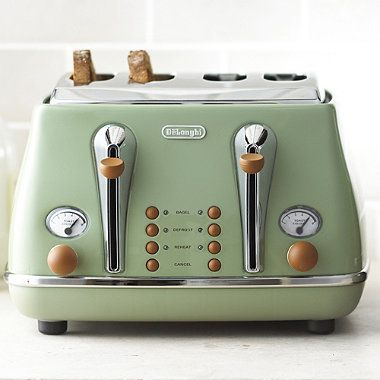 Delonghi Vintage Icona Toaster Green - loving this range!