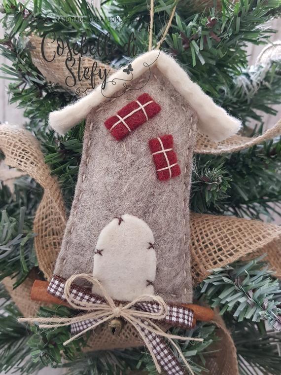 10 Discount Christmas Decorations Little Houses Made Of Etsy Discount Christmas Decorations Christmas Hand Towels Felt Crafts