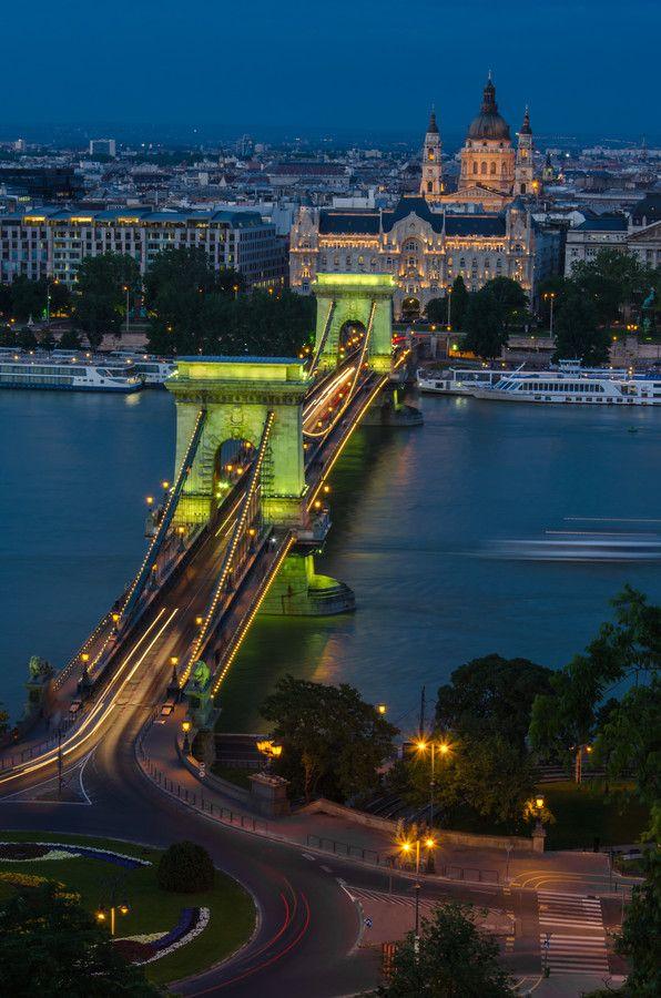 Chain Bridge by Dominique Toussaint on 500px