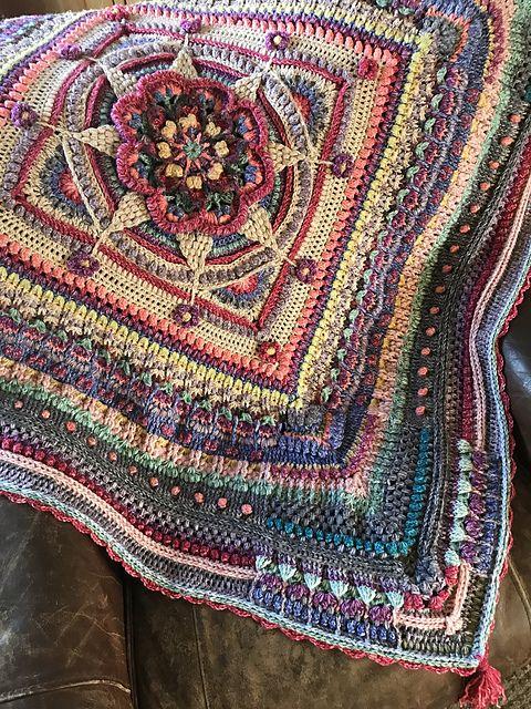 Ravelry: AlynnisMorris' Mindful crochet--Amanzi throw