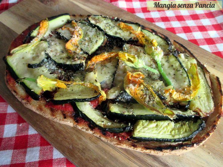Ogni tanto al posto della solita pizza possiamo anche preparare un bel crostone, o bruschettone, con tante verdure grigliate: leggero e gustoso!