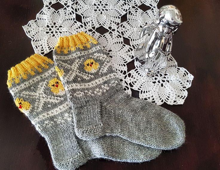 Påskemarius strikka sokker  Knitted socks