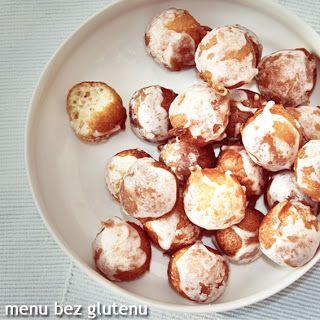 PĄCZKI bezglutenowe około 25 szt.: 200 g sera twarogowego 1 jajko 2 łyżki cukru cukier lub ekstrakt waniliowy 2 szklanki miksu mąki bg 1 łyżeczka sody olej do smażenia - około 1 szklanki  lukier: 1/2 szklanki cukru pudru 1 łyżka soku z cytryny