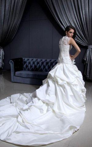 Gerüschtes plissiertes Satin bodenlanges pompöse Brautkleid