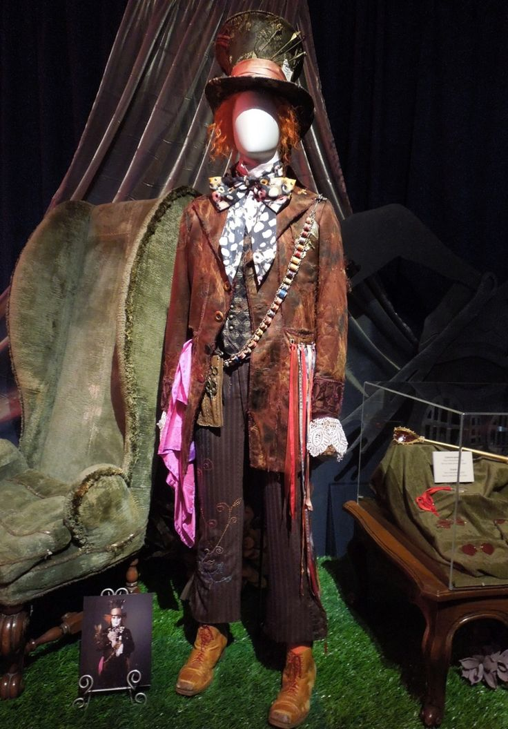 Hollywood Movie Costumes and Props: Original costumes and props from Tim Burton's Alice in Wonderland on display... Original film costumes and props on display