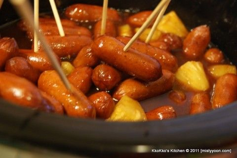 Hawaiian barbecue sauce with little smokies