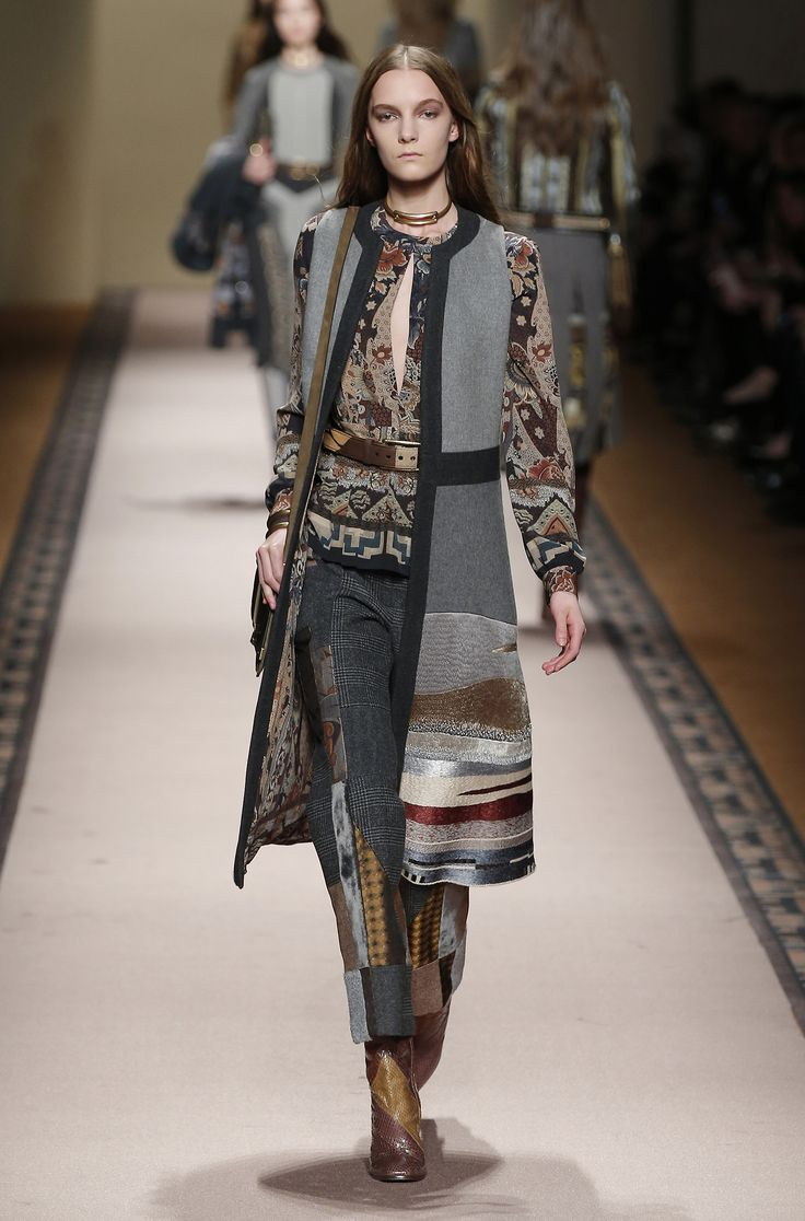 Etro Woman Autumn Winter 15 16 Fashion Show Discover More On Runaway Pinterest