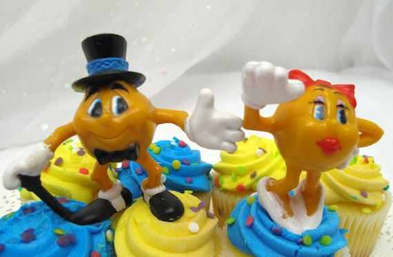 2 Vintage Pac Man Cake Cupcake Toppers Mr & Ms by YesterdaysWhimsy, $2.75