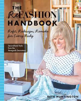 Win this great book and use this tutorial to  create a winter tote from an old houndstooth sweater