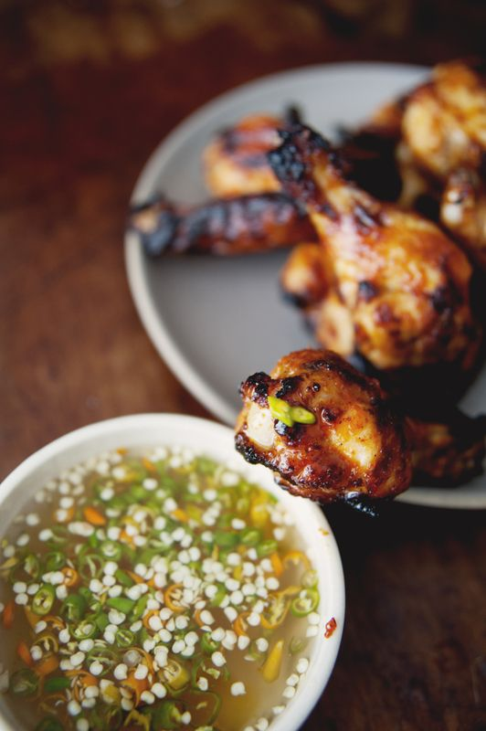 THAI-STYLE CHICKEN WINGS with DIPPING VINEGAR [Thailand] [thekitchykitchen]