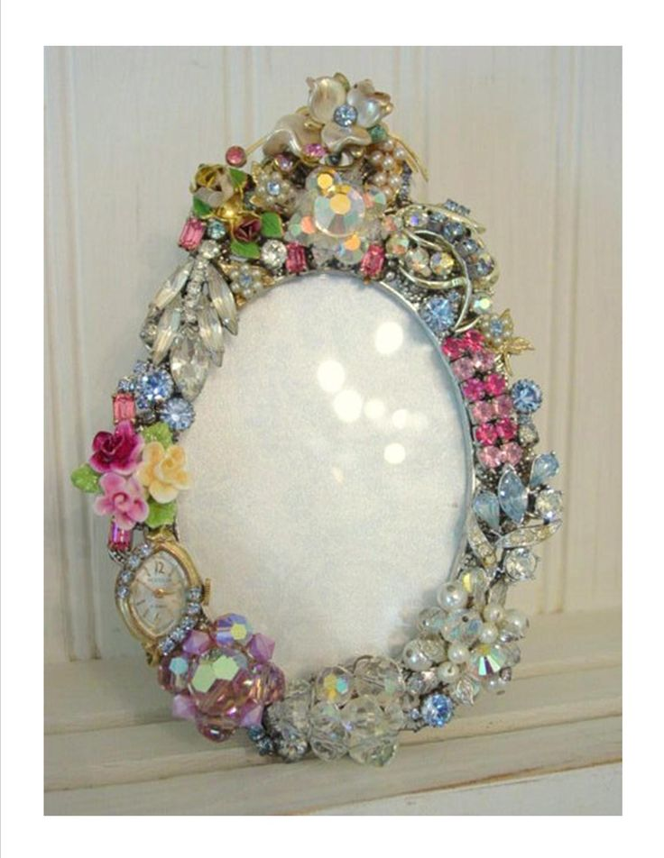 Use your imagination and glue gun vintage jewelry on a for What kind of glue to use for jewelry